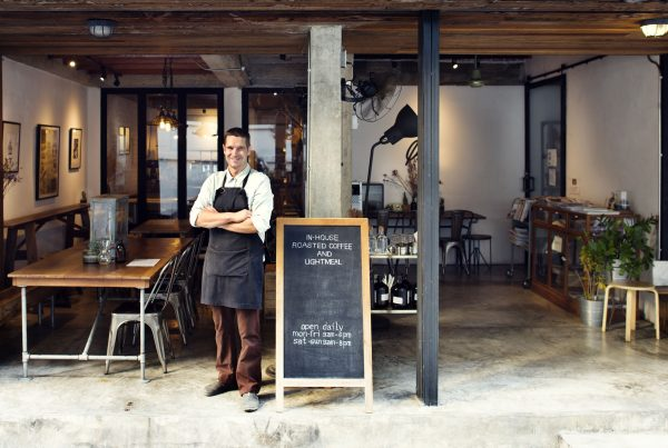 5 Small Business Tips for Differentiating Your Brick & Mortar Store